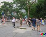 Mở rộng phố đi bộ Hà Nội: Người dân kêu bất tiện, hộ kinh doanh than 'ế'
