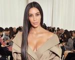 Kim Kardashian bị cướp 10 triệu USD ngay ở Paris: Tất cả vì tội 'khoe của'?