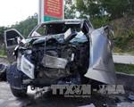 Thanh Hóa: Xe ben va chạm mạnh xe bán tải, 8 người thương vong