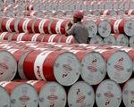 Nigeria tăng sản lượng, giá dầu thế giới lao dốc mạnh