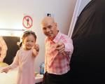 Con gái Phan Đinh Tùng siêu đáng yêu trong 'Sài Gòn đêm thứ 7'