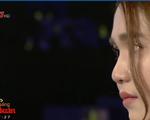Ngọc Trinh bật khóc trên sóng truyền hình: 'Tôi thấy chua xót cho chính mình'