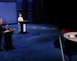 Hai ứng viên Tổng thống Mỹ kích bác nhau về chính sách kinh tế