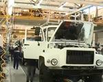 Được miễn thuế, ô tô Nga chuẩn bị 'rồng rắn' đến Việt Nam