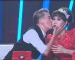 Bước nhảy ngàn cân: Đàm Vĩnh Hưng hôn Việt Hương trên ghế nóng
