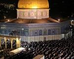 Israel tạm ngừng tổ chức lễ cầu nguyện tại đền thờ Hồi giáo ở Jerusalem