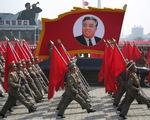Triều Tiên phô diễn sức mạnh, cảnh báo đáp trả bằng tấn công hạt nhân trong lễ diễu binh lớn nhất lịch sử