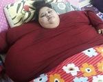 Bệnh nhân nặng 500kg được cần cẩu đưa vào bệnh viện phẫu thuật