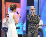 Khắc Việt ngỏ lời cầu hôn 'ngọt lịm tim' trên sóng trực tiếp