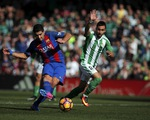 Real Betis 1-1 Barca: Chia điểm nhọc nhằn