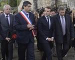 Pháp: Ông Macron thăm ngôi làng bị Đức Quốc xã thảm sát