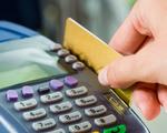 Rút tiền mặt ở nước ngoài không được quá 30 triệu VND/thẻ/ngày - ảnh 1