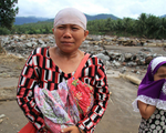 Philippines tiếp tục tìm kiếm người mất tích sau bão Tembin