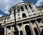 Ngân hàng Trung ương Anh tăng lãi suất lên 0,5