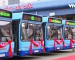Thu gần 160 tỷ đồng từ quảng cáo trên xe bus - ảnh 1