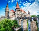 Lâu đài cổ - Một trong những nét đặc trưng của du lịch châu Âu