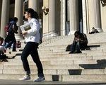 Nhiều người Mỹ vỡ nợ do chi phí đại học