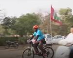 Đạp xe vòng quanh Ấn Độ, tuyên truyền bình đẳng giới