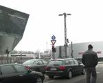 Paris cấm ô tô chạy xăng vào năm 2030 - ảnh 1