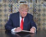 Mỹ: Lệnh cấm di trú mới sẽ không áp dụng với người có thẻ xanh
