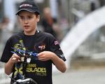 Phi công 16 tuổi chiến thắng trong cuộc đua máy bay mô hình ở Đức