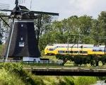 Hà Lan: 100 tàu điện chạy hoàn toàn bằng năng lượng gió