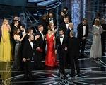 THẢM HỌA: Oscar 2017 trao nhầm giải thưởng cho La La Land