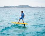 Độc đáo cuộc thi lướt ván trên mặt nước tại Nga - ảnh 1