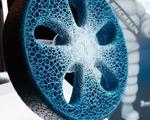 Độc đáo lốp xe ô tô làm từ… rơm rạ