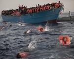 Hoạt động cứu trợ người tị nạn trên Địa Trung Hải bị tạm ngừng