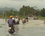 Đảm bảo an toàn giao thông tại các điểm ngập lụt ở Phú Yên