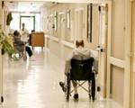 Vì sao tình trạng ngược đãi tại viện dưỡng lão ở Mỹ ngày càng tăng?
