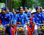 Rước dâu bằng 14 con trâu ở Bình Thuận gây bão - ảnh 1