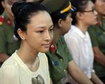 3 lần Hoa hậu Phương Nga phản pháo sắc sảo trước tòa