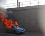 Phóng hỏa xe taxi Uber tại Nam Phi khiến lái xe tử vong