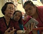 Người phụ nữ  hơn 20 năm dạy học không lương cho trẻ em khuyết tật