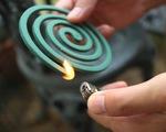 Đốt nhang muỗi trong phòng kín hại hơn hút thuốc