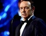 """8 nhân viên phim """"House of Cards"""" tố Kevin Spacey quấy rối tình dục"""