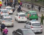 Bộ GTVT yêu cần phân định rõ xe hợp đồng và xe taxi