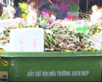 Lâm Đồng: Tập kết rác gây ô nhiễm ngay cổng chợ Đà Lạt