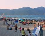 Biển Đà Nẵng quá tải mùa nắng nóng