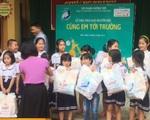 'Cùng em tới trường' dành tặng 2.000 suất quà cho học sinh khó khăn