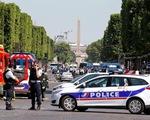 Pháp: Xe đâm vào cảnh sát ở đại lộ Champs Elysees