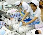 Đề xuất bỏ chính sách 2 con: Nên hay không hay trước tình trạng già hóa dân số?