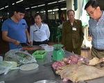 Hà Nội: Nhiều mẫu thịt nhiễm khuẩn, rau củ quả chứa tồn thuốc bảo vệ thực vật