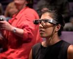 Kính thực tế ảo tăng cường hiển thị phụ đề