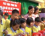 Học sinh Hưng Yên nuôi lợn đất giúp bạn nghèo vượt khó