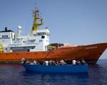 Italy bắt giữ tàu cứu hộ người di cư Aquarius