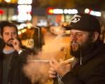 Chile cấm hút thuốc lá nơi công cộng