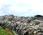 Ứ đọng rác thải nghiêm trọng tại Cần Thơ - ảnh 1